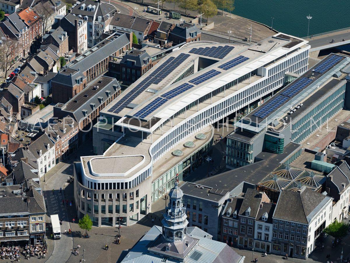 luchtfoto |  305437 | Maastricht,  winkel- en kantoor complex Mosae Forum. opn. 18/04/2019