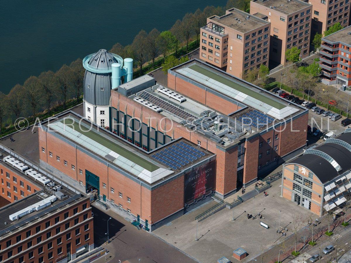 luchtfoto |  305443 | Maastricht, het Bonnefantenmuseum in de wijk Céramique. opn. 18/04/2019